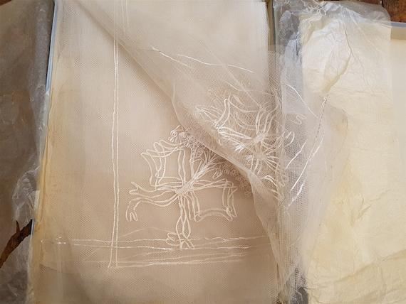 Vintage White Lace Bridal Wedding Veil 1950's Mid… - image 7