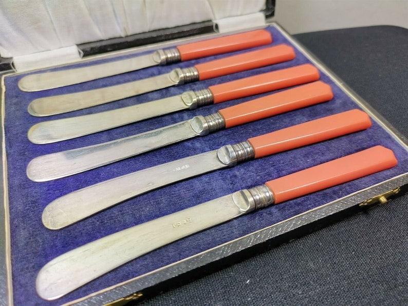 VIntage Coral Pink Bakelite Butter Knife Knives Set of 6 in Original Presentation Storage Box Silver Plated Original 1920s - 1930s