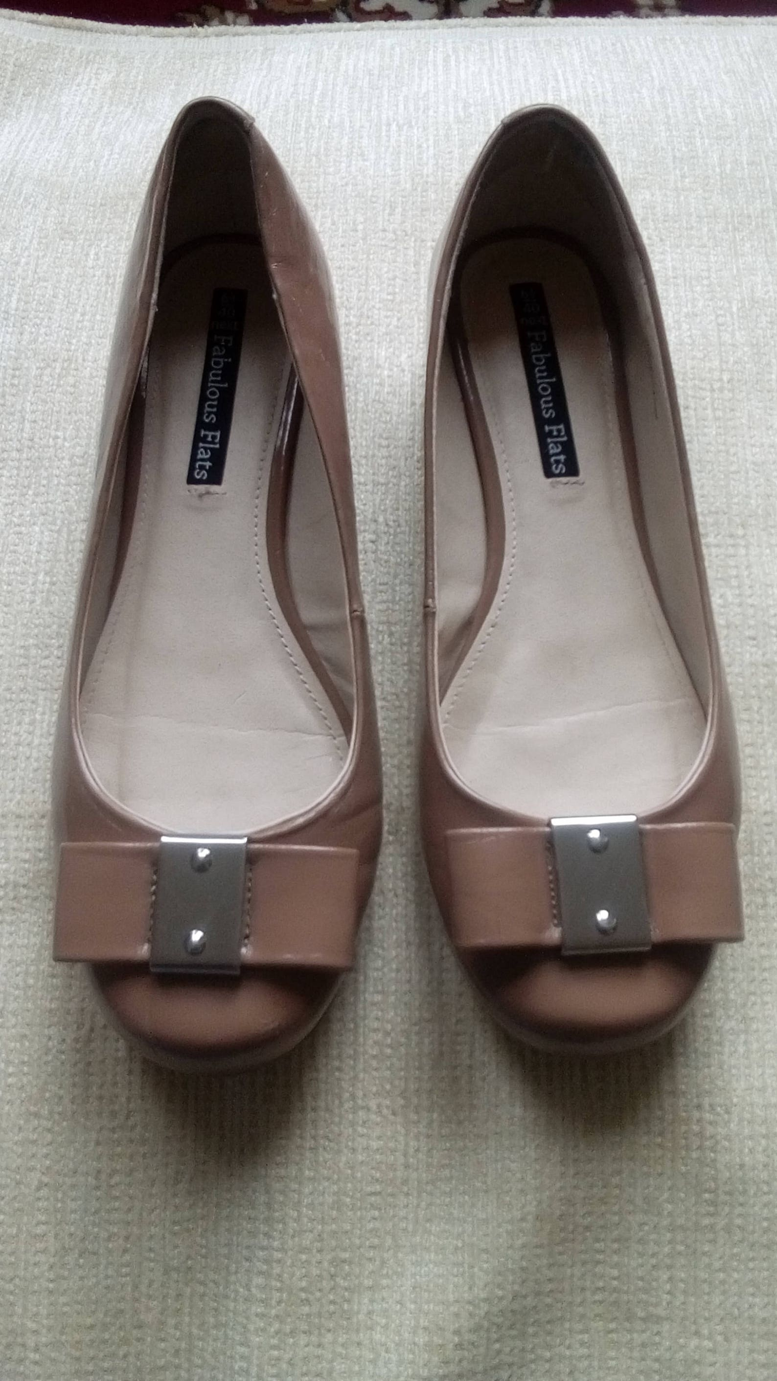patent leather shoes/patent leather pumps/patent leather shoes/beige shoes/ballet pumps