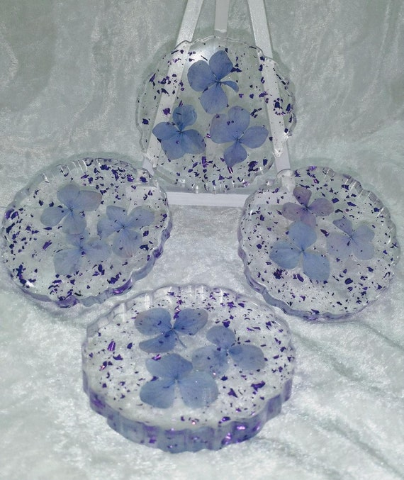 Beautiful coasters made with real hydrangea flowers and purple flakes