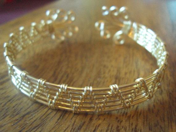 Beautiful gold plated semi precious copper wire wrapped cuff bangle.