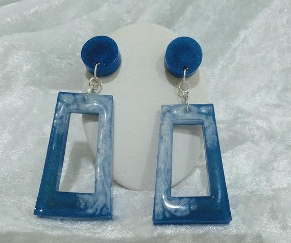 Resin blue and white door knocker style earrings
