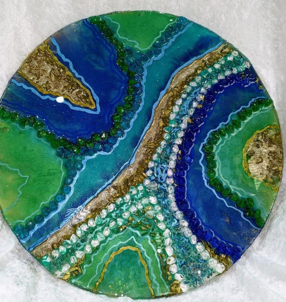 Beautiful contemporary geode piece 40cm diameter