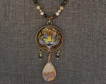 Tiger pendant with agate. Hand made. All original artwork