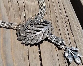 Art Nouveau Leaf Choker Necklace