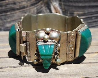 Vintage Chunky Sterling Silver Bracelet w/Raised Cut Mayan Green Stone