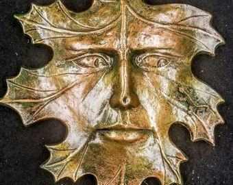 Green Man Leaf Face with Lizard Mythical Wall Plaque Home Garden Decor