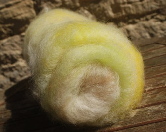Woodland Sunshine - 80g Batt of hand dyed and blended rare breed sheep wool