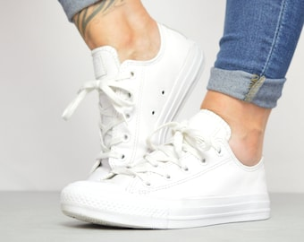 b067a420a0bb Vintage 90s Converse White Leather Ox Shoes Trainers Sneakers Chuck Taylor All  Star Grunge Label Size UK 4 EU 36.5 US Mens 4 Womens 6 cm 23