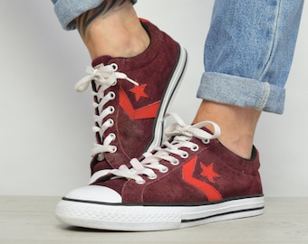 c7f20245fb74 Vintage 90s Converse Burgundy   Red Suede Ox Shoes Low Tops Trainers  Sneakers Chuck Taylor All Star Womens Size UK 6 EU 39 US 8 cm 24.5