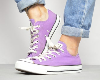 aa3d3dbb13dd Vintage 90s Converse Purple Ox Shoes Trainers Sneakers All Star Grunge  Preppy College Label Size UK 7 EU 40 US Mens 7 Womens 9 cm 25.5