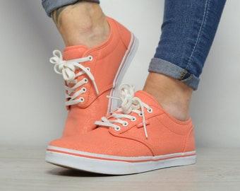 527ff3208e Vintage 90s Vans Coral Skate Shoes Trainers Sneakers Retro Preppy Hipster  Festival Label Size Womens UK 4 EU 36.5 US 6.5 cm 23