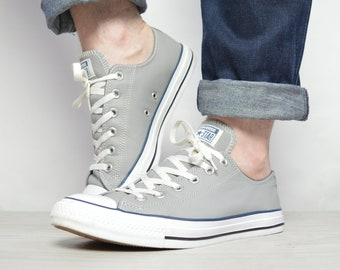 c181b08fae24 Vintage 90s Converse Grey Leather Ox Shoes Low Tops Sneakers Chuck Taylor  Grunge Retro Label Size UK 8 EU 41.5 US Mens 8 Womens 10 cm 26.5