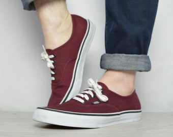 217143a621 Vintage 90s Vans Burgundy Skate Shoes Trainers Sneakers Skateboard Hipster  Retro Grunge College Label Size Mens UK 10 EU 44.5 US 11 cm 29