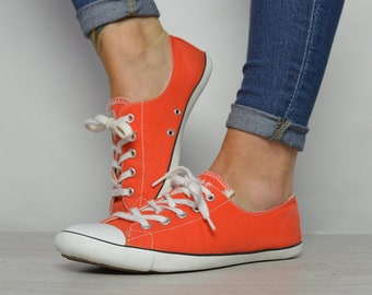 2dafa58eaa6d23 Vintage 90s Converse Orange Dainty Ox Shoes Low Tops Trainers Sneakers  Chuck Taylor All Star Retro Label Size Womens UK 5.5 EU 39 US 8 cm 25