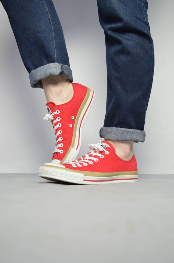 1a0134154a3f Vintage 90s Converse Red Ox Shoes Trainers Sneakers Chuck