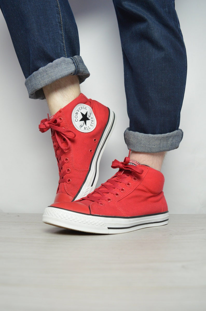 Vintage 90s Converse Red Hi-Tops Trainers Sneakers Chuck  97dc3bc4d4