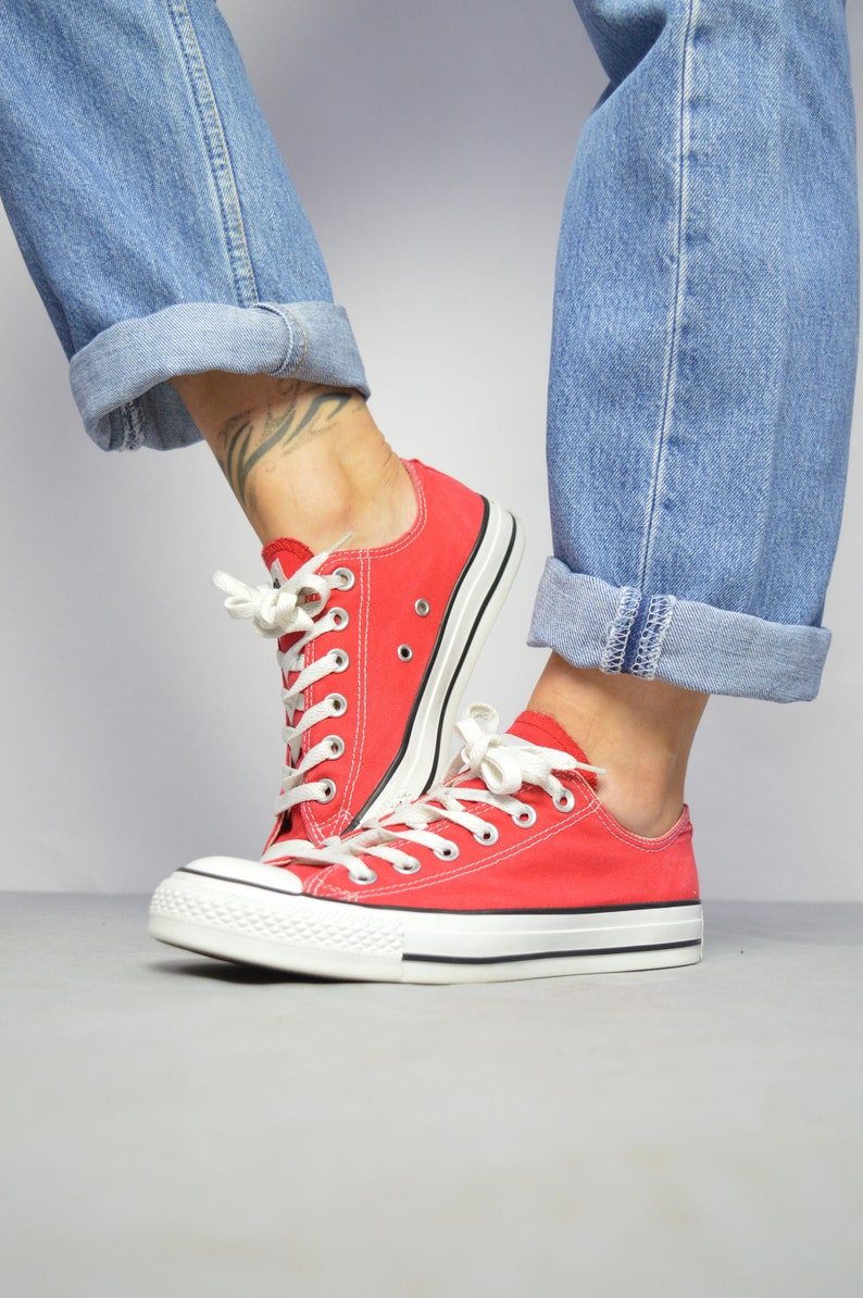 a20dc047071b Vintage 90s Converse Red Ox Shoes Low Tops Trainers Sneakers