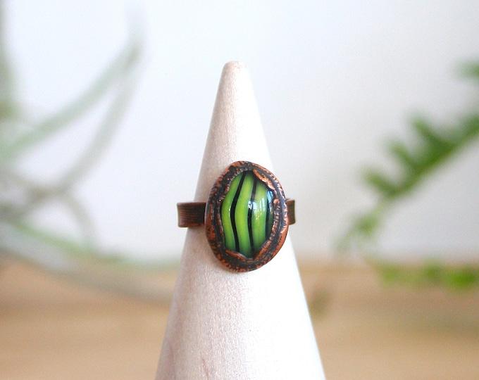 Green Zebra Striped Glass and Copper Midi Ring