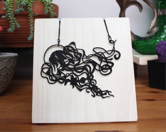 """""""Hydra"""" Necklace in Black"""