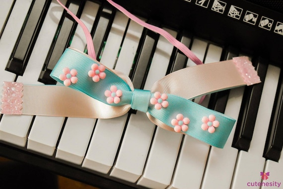 Pastel blue and pink ribbon bow with daisy embellishments - Baby / Toddler / Girls / Kids Headband / Hairband  / Barrette / Hairclip