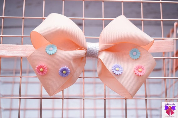 Pretty Peach Daisy bow  - Baby / Toddler / Girls / Kids Headband / Hairband  / Barette / Hairclip / cake smash / birthday party / wedding