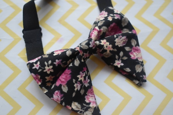 Black and Pink floral butterfly / poppy Bow Tie  for Baby, Toddlers and Boys (Kids Bow Ties) with Braces / Suspenders