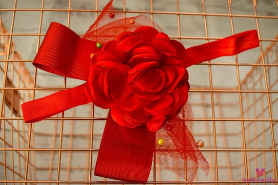Red flower and tulle christmas bow - Baby / Toddler / Girls / Kid Headband / Hairband / Hair bow / Barette / Clip