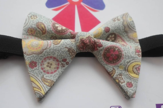 Mint green paisley butterfly / poppy Bow Tie  for Baby, Toddlers and Boys (Kids Ties) with Braces / Suspenders for wedding, christening