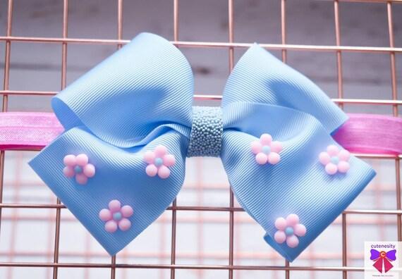 Pretty Blue Daisy bow  - Baby / Toddler / Girls / Kids Headband / Hairband  / Barette / Hairclip / cake smash / birthday party / wedding