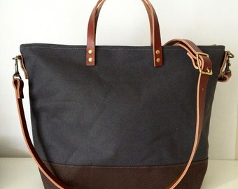 """UTILITY TOTE   Waxed Canvas and Leather Crossbody   Zipper Top   13"""" MacBook Air   Diaper Bag   Messenger   4 Pockets   Grey"""