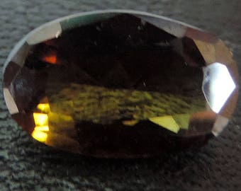 Dravite: golden green-brownish Tourmaline 1,20 carats. #BrGrTr