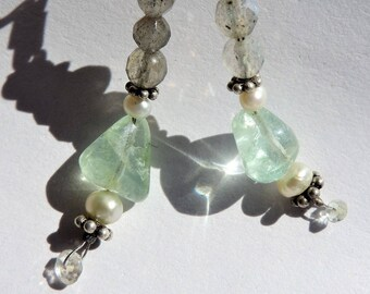 Earrings with aquamarine, cultured pearls, labradorite and silver925. Unique and handmade piece.