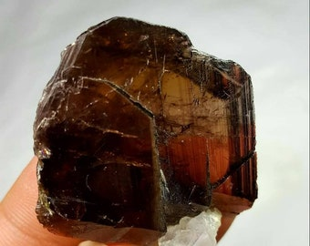 Large Axinite Crystal 15gr. Dimensions: 35x32x10mm.