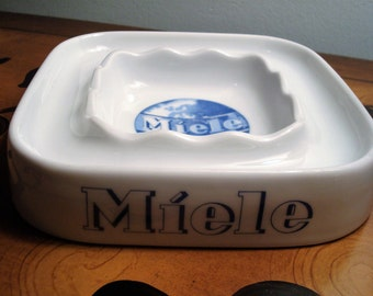 Vintage Miele Waschmaschinen Blue & White Ceramic Ashtray - Made in Germany - Thomas - Excellent Condition!!