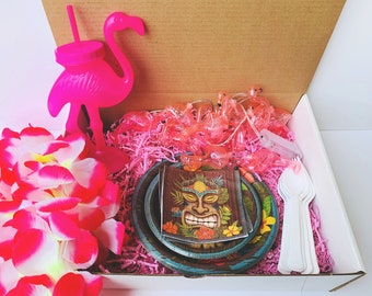 Flamingo Party in a Box, Gender Neutral Party in a Box Tableware, Tropical Themed Party, Flamingo Themed Party, Luau Themed Party, Lei