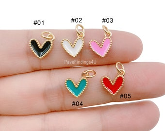 2 Pcs 65396-3283 21x18x1MM Charm Heart Gold Tone Enamel Red Heart With White Hat Charms