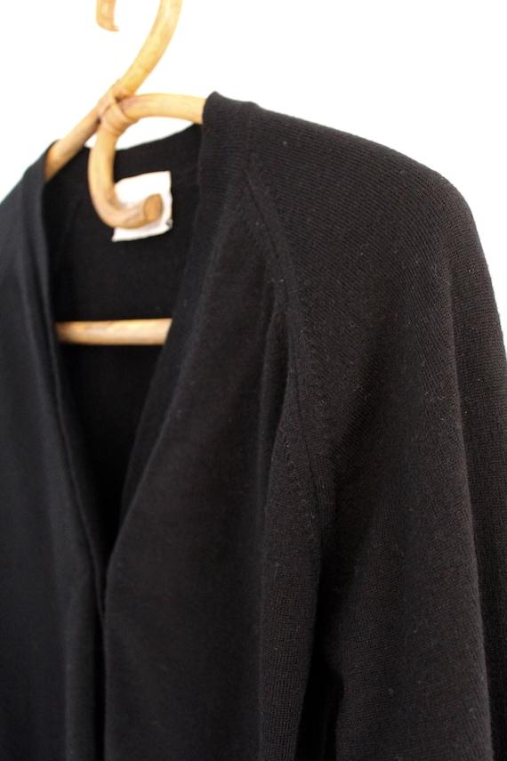 Vintage 80s 90s snug fit black cropped wool cardi… - image 2