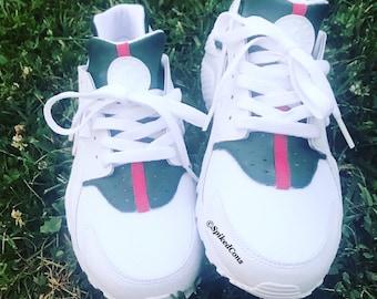 d8b9f8f40533a Gucci Color Inspired Nike Air Huaraches Custom