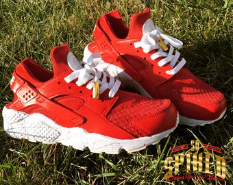 outlet store 9e672 3cba4 Custom Kids Red Nike Huaraches with Splattered soles (see other listing for  men and women)