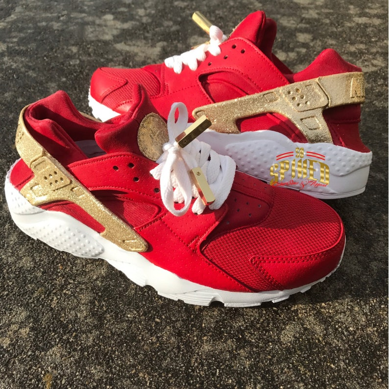 43bb2e80e3c8 Custom Red and Gold Glitter Nike Air Huaraches with glitter