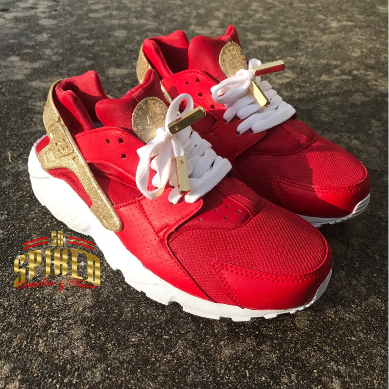 Custom Red and Gold Glitter Nike Air Huaraches with glitter  62b47b97fc01