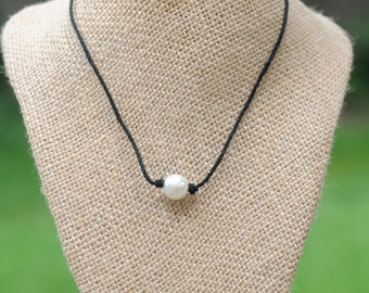 Single Pearl Hemp Necklace - Black Single Pearl Necklace - Hemp Necklace - Beach Necklace - Vegan Necklace