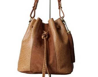 Bucket beige bag, bucket suede bags, bucket leather bags, beige, leather bucket handbag, rare bag, luxe bag, trendy bag, trendy suede bag