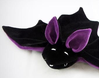 cuddly bat (purple)