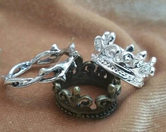 2in a set, Charm fleur-de-lis crown or Crown of Thorns. Silver or bronze.  3d crown embellishment for projects.