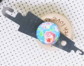 threader Needle threader,magnetic needle threader,decorated needle threader,needle point accessory,cross stitching,quilting,sewing