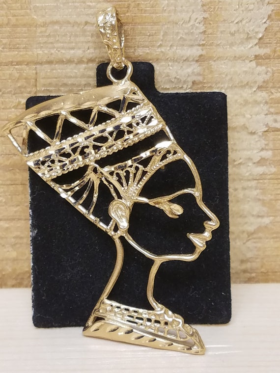14k Queen Nefertiti Pendant