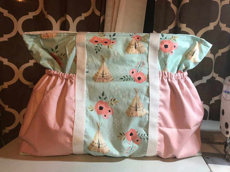 Large beautiful diaperbag with tee pees and roses  7be456e1c6d3c