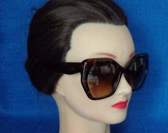 e4522c727d7 Ladies Vintage Oversized Tortoise Sunglasses Sunglasses